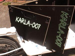 KARLA-007_Transportbox_Beschriftung